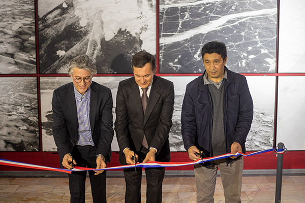 """The exhibition """"Travel in time and along the Silk Road. Travel Diary 1993"""" opens in Tashkent"""